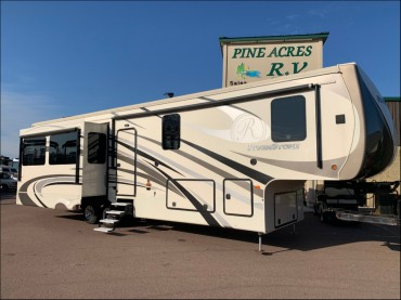 2017 - Forest River - RiverStone Luxury 37RL